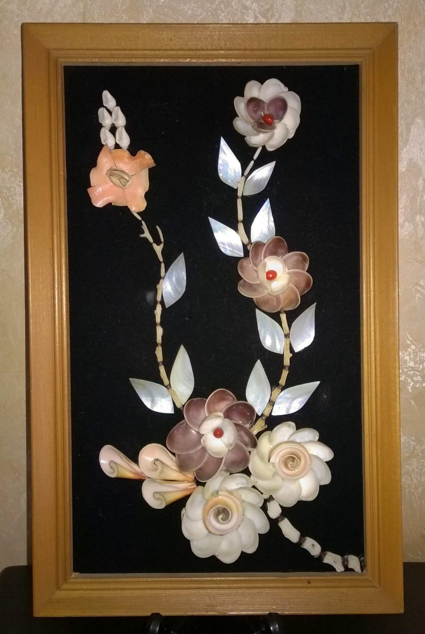 cadre fleur en coquillages tableaux brocante et vide grenier la petite boutique r tro. Black Bedroom Furniture Sets. Home Design Ideas