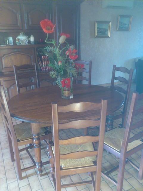 Tables et chaises | Les meubles | Brocante et vide-grenier | la ...