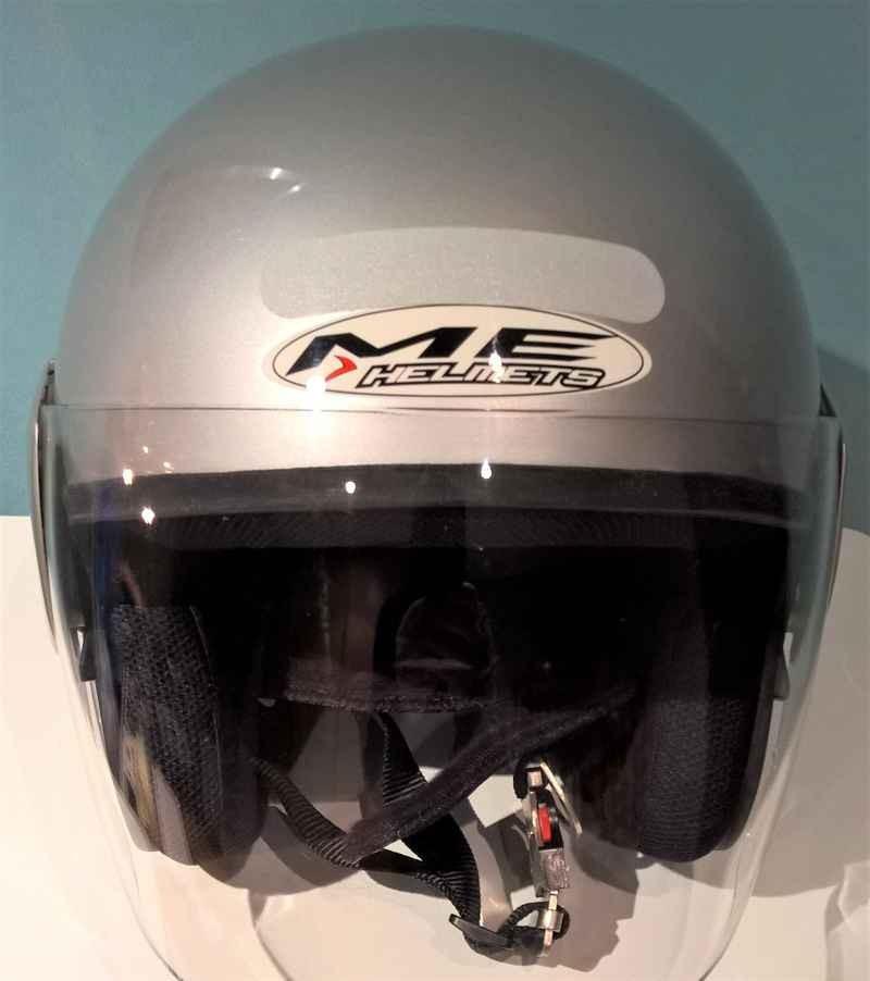 casque moto femme helmets taille l brocante et vide grenier la petite boutique r tro vintage. Black Bedroom Furniture Sets. Home Design Ideas